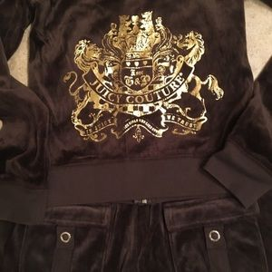 Juicy couture set size M both top and bottom .